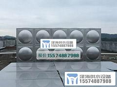 楼顶安装50吨不锈钢水箱