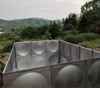方形不锈钢生活水箱施工现场